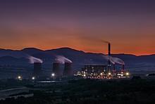 Schornsteine in Industrielandschaft