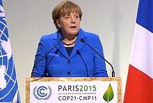 Angela Merkel spricht auf der COP21 in Paris