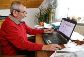 Heinrich Müller informiert sich zu Brennstoffzellen-Heizungen
