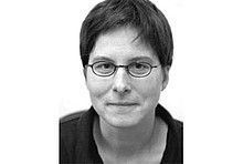 Dr. Julika Weiß, Expertin für Klima und Konsum am Institut für ökologische Wirtschaftsforschung (IÖW)