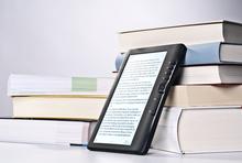 E-Book-Reader an Büchern