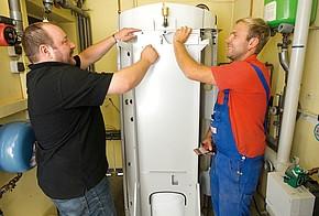 Montage einer Brennwertheizung für den Betrieb mit Flüssiggas